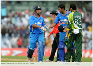 MS-Dhoni-R-Ashwin-India-v-Pakistan-1st-ODI-2012
