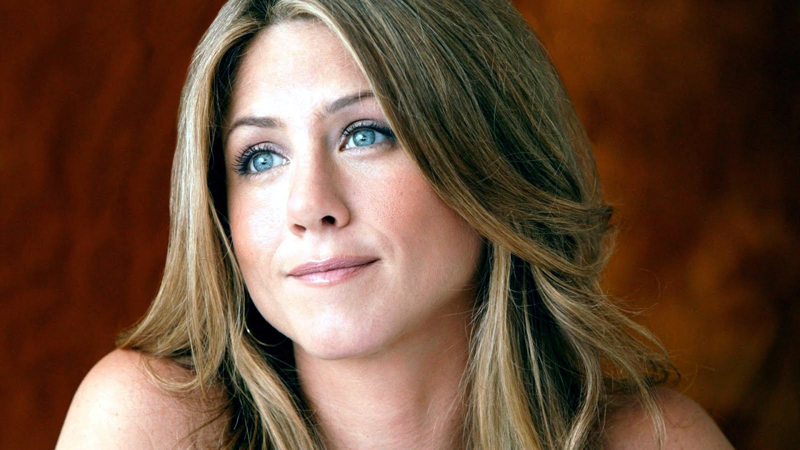 JENNIFER ANISTON: UNLUCKY IN LOVE?