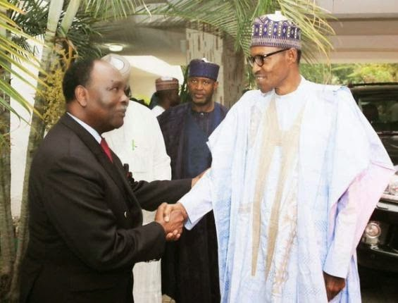 Former Head of State, General Yakubu Gowon paid a congratulatory visit to the president- elect, Gen Buhari at his Abuja residence yesterday April 2nd.