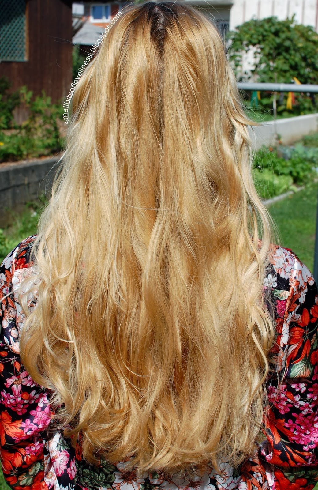 Heatless waves using scrunchies