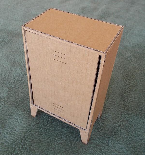 Monsieur carton un mueble vintage armario tipo taquilla 2 3 - Imagenes de muebles de carton ...
