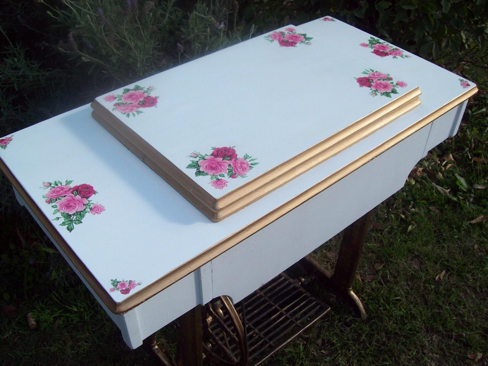 La casita de dana una mesa de maquina de coser antigua - Ideas para restaurar muebles ...