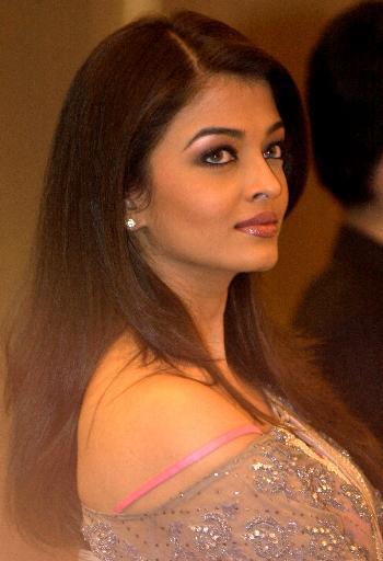 Aishwarya video photos 93