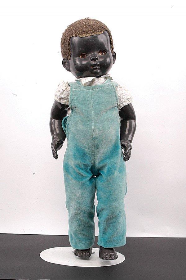 6 Kisah Boneka Paling Menakutkan Di Dunia