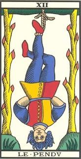 Arcano 12: O Dependurado/Pendurado, carta do tarô, tarot, baralho de marselha