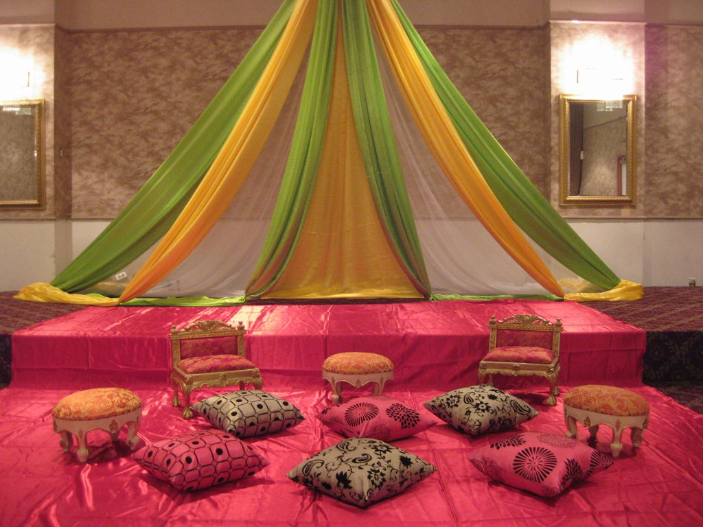Mehendi Ceremony Decoration Ideas At Home : mehandi: Mehndi stage decoration