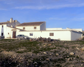 Se vende Cortijo y Finca.