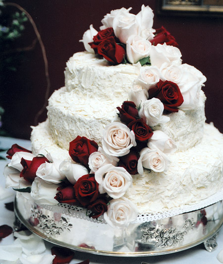 Awesome Wedding Cake Designs with Roses Decoration / Wedding Cake ...