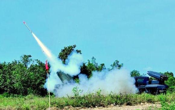 Uji coba roket R Han 122 di Baturaja, Sumatera Selatan