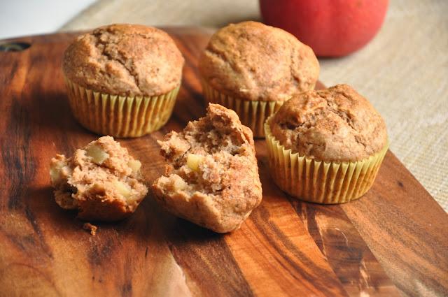 vegane apfel zimt gewürz muffins - vegan apple spice muffins