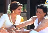 100 Crores Achievement Chennai Express Movie – Shahrukh Happy