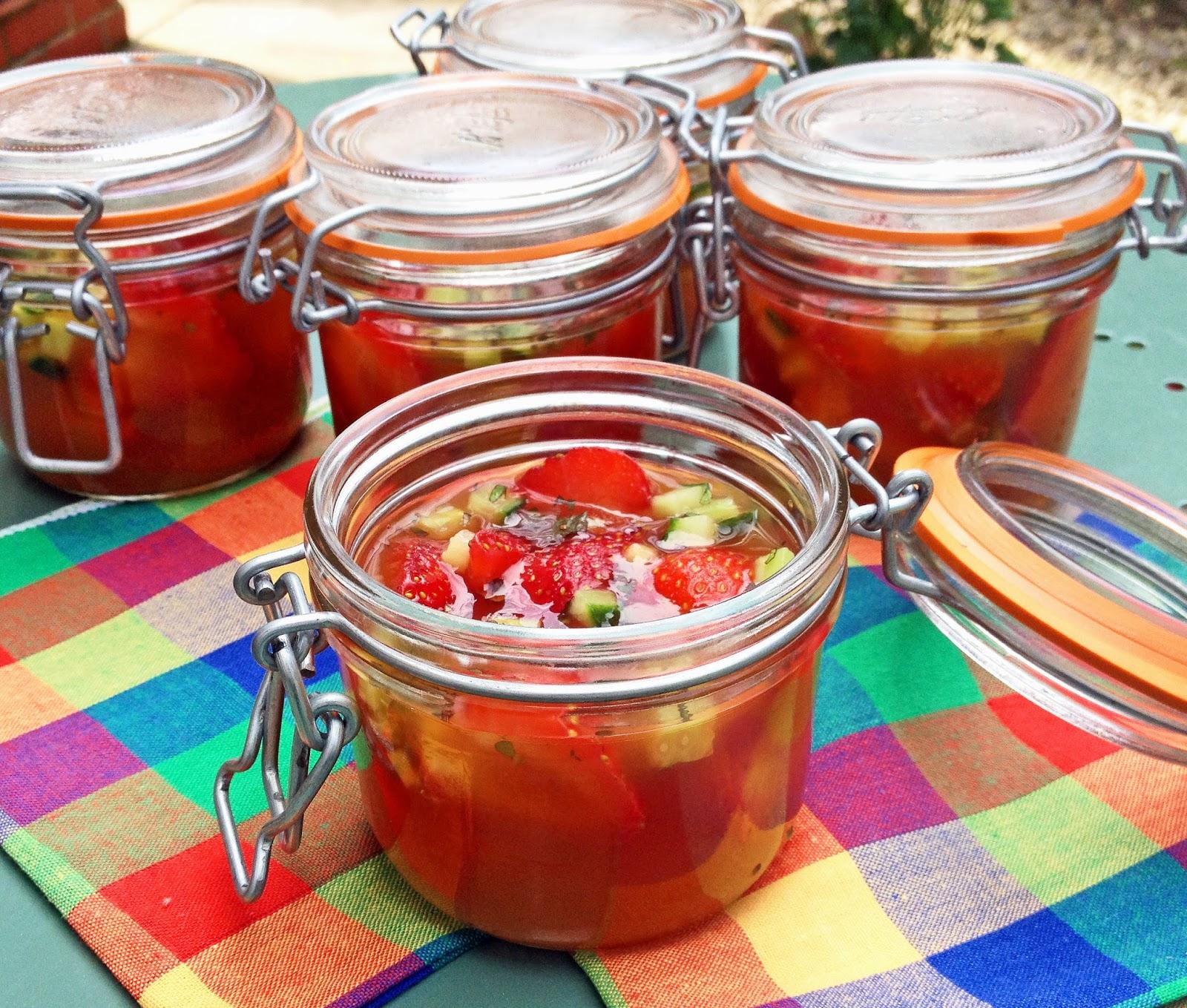 Pimm's jelly jars - summer picnic dessert