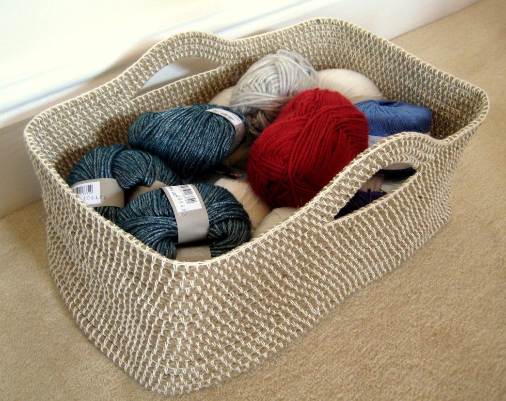 mes favoris tricot crochet mod le gratuit un panier en corde et crochet. Black Bedroom Furniture Sets. Home Design Ideas