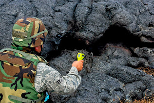 BIG ISLAND OF HAWAII:  PUNA LAVA FLOW TEMPERATURE CHECK