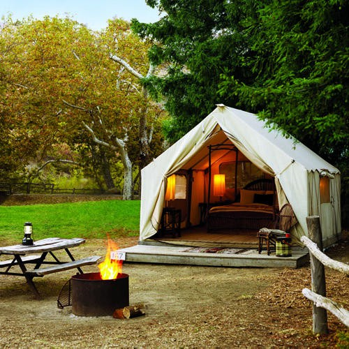 There is also what is called Gl&ing as is shown in the picture to the left. There are c&sites that have permanent tents that are fully decorated. & Anyone Can Decorate: Camping and Decorating the Campsite