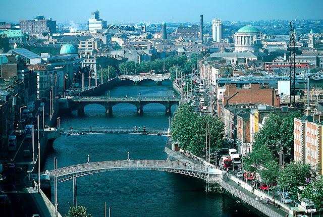 De turismo por Dublin en Irlanda