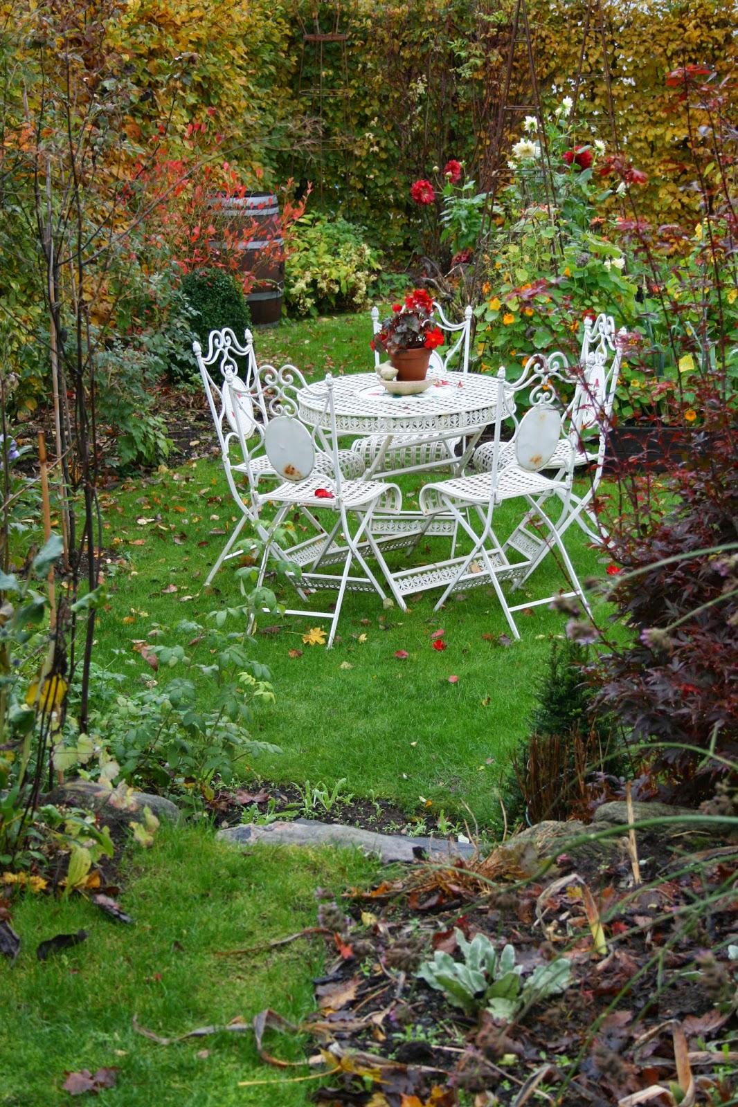 trädgårdsmöbler i smide