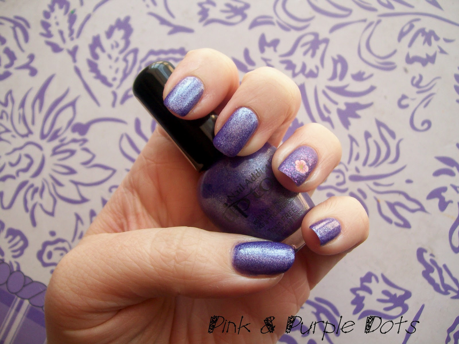 Pink & Purple Dots: Tip Top Nail Addict :Synergy with Fimo Flower mani