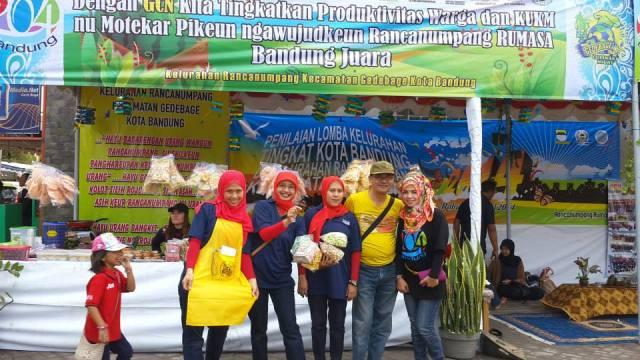 Tenda Jajanan Kelurahan Rancanumpang di Gedebage Culinary Night