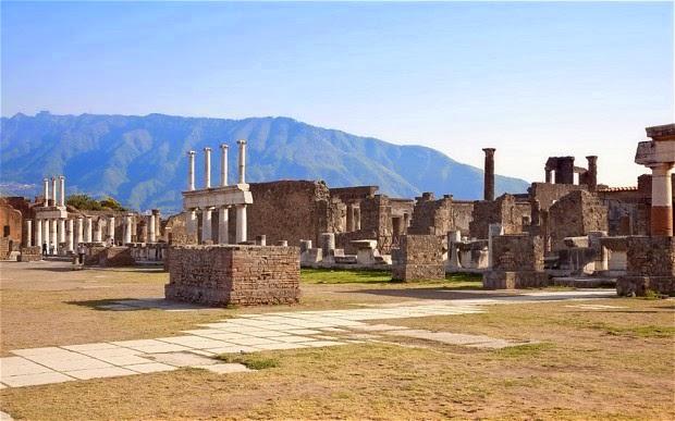 «Ευσυνείδητοι» κλέφτες επιστρέφουν κλεμμένα αρχαία αντικείμενα στην Πομπηία
