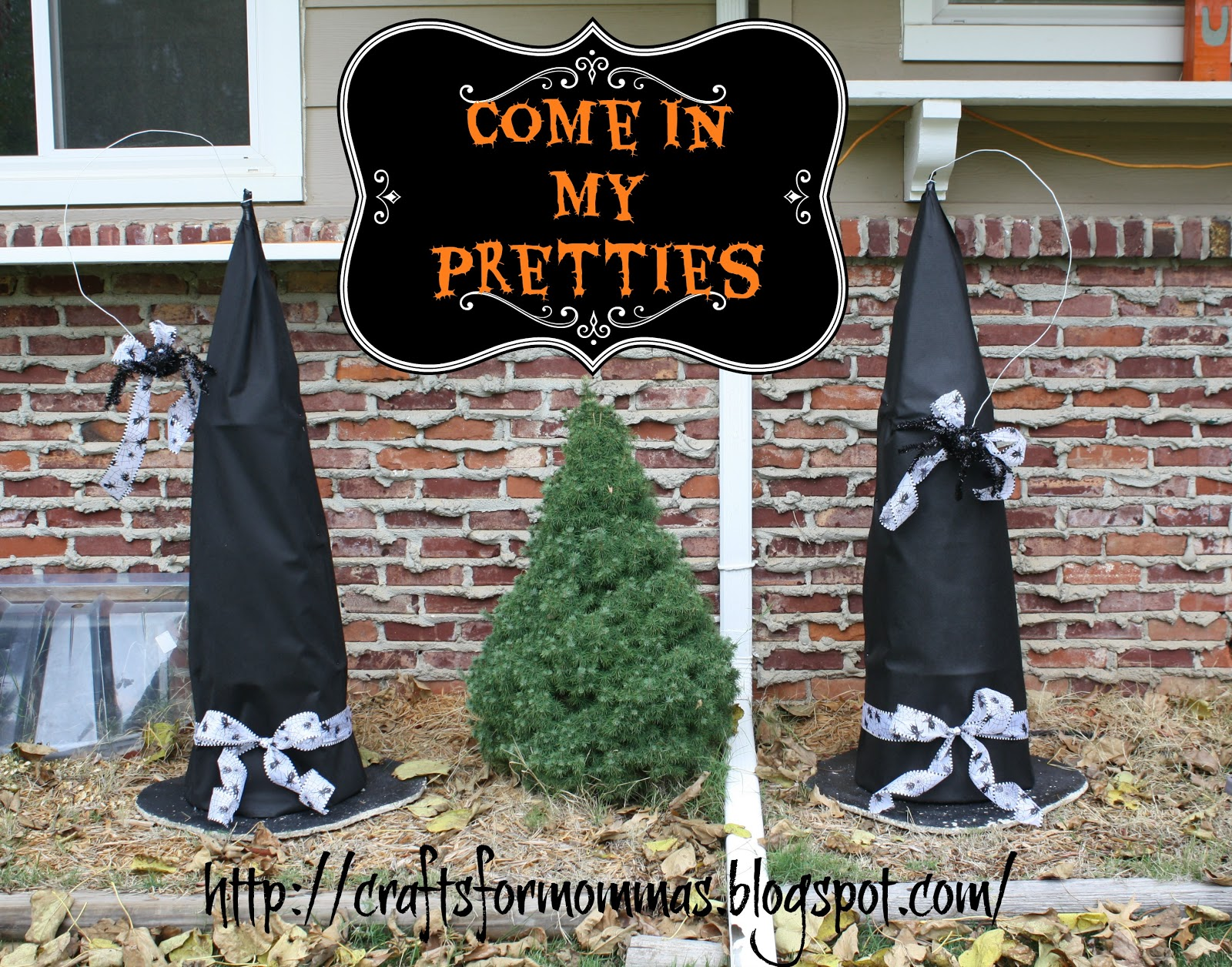 Crafty Momma Tomato Cage Witch Hats