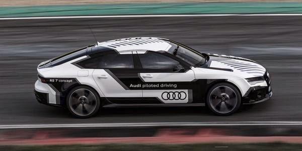 Revolusi Ilmiah - Audi RS 7