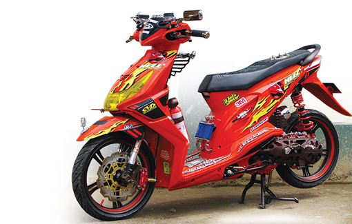 Honda Beat '10 : Orenz Energy Drink