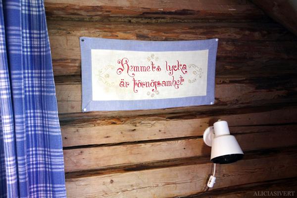 aliciasivert, alicia sivertsson, alicia sivert, fjällvandring, vandra i fjäll, fjällen, vemdalen, vemdalsskalet, hike, hiking in sweden, härjedalen, norrland, sverige, farfarstugan