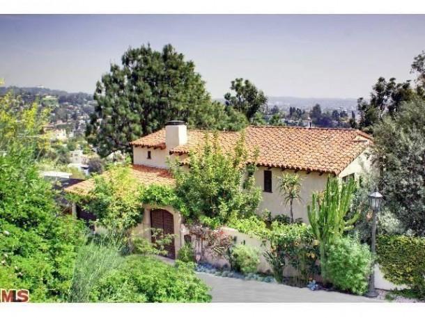 Bryce Dallas Howard house in Los Angeles