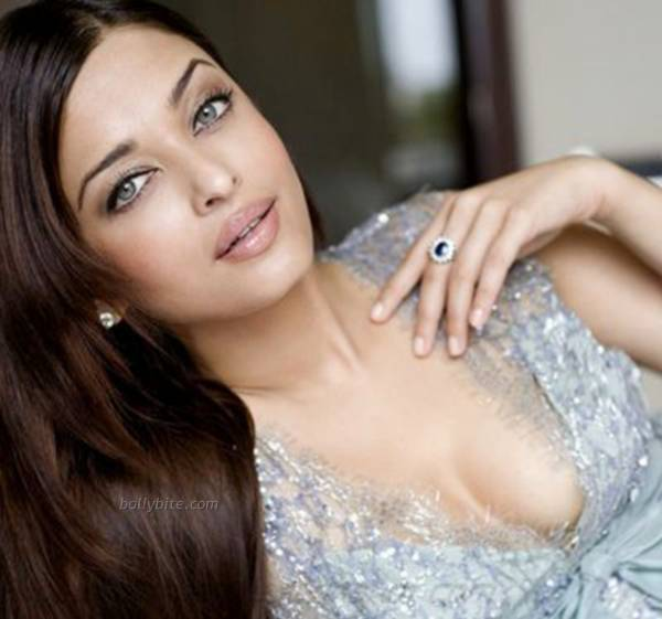 Aishwarya Rai  Stunning Hot  New York City Photoshoot  hot images