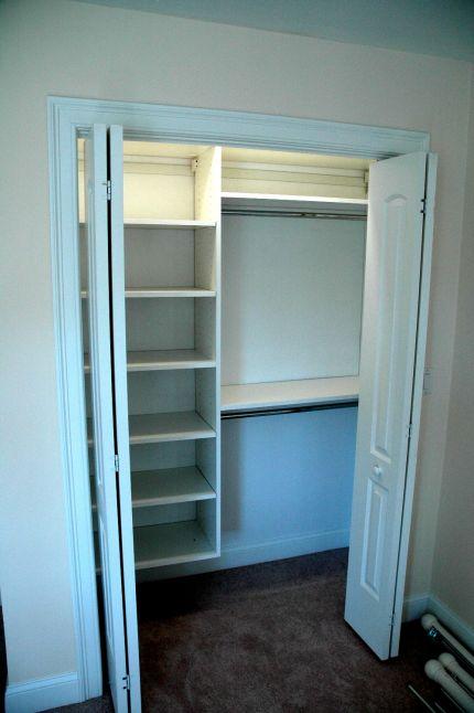 Arredamenti moderni come sfruttare lo spazio nella for Open closets small spaces