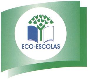 Pelo segundo ano consecutivo o Crescer no Campo foi galardoado com a Bandeira Eco-Escolas! Parabéns