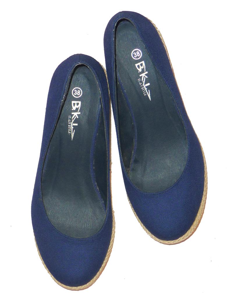 Pantofi pentru vara / primavara / toamna comozi si usor de asortat la tinute de blugi sau cele in stil marinaraesc, masura 38