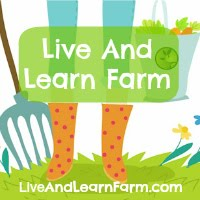 Live And Learn Farm: Upper elementary and Montessori homeschool inspired!