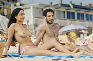 Inma Cuesta, topless en la pelicula 'Primos'