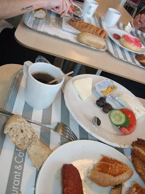 ikea'da kahvaltı