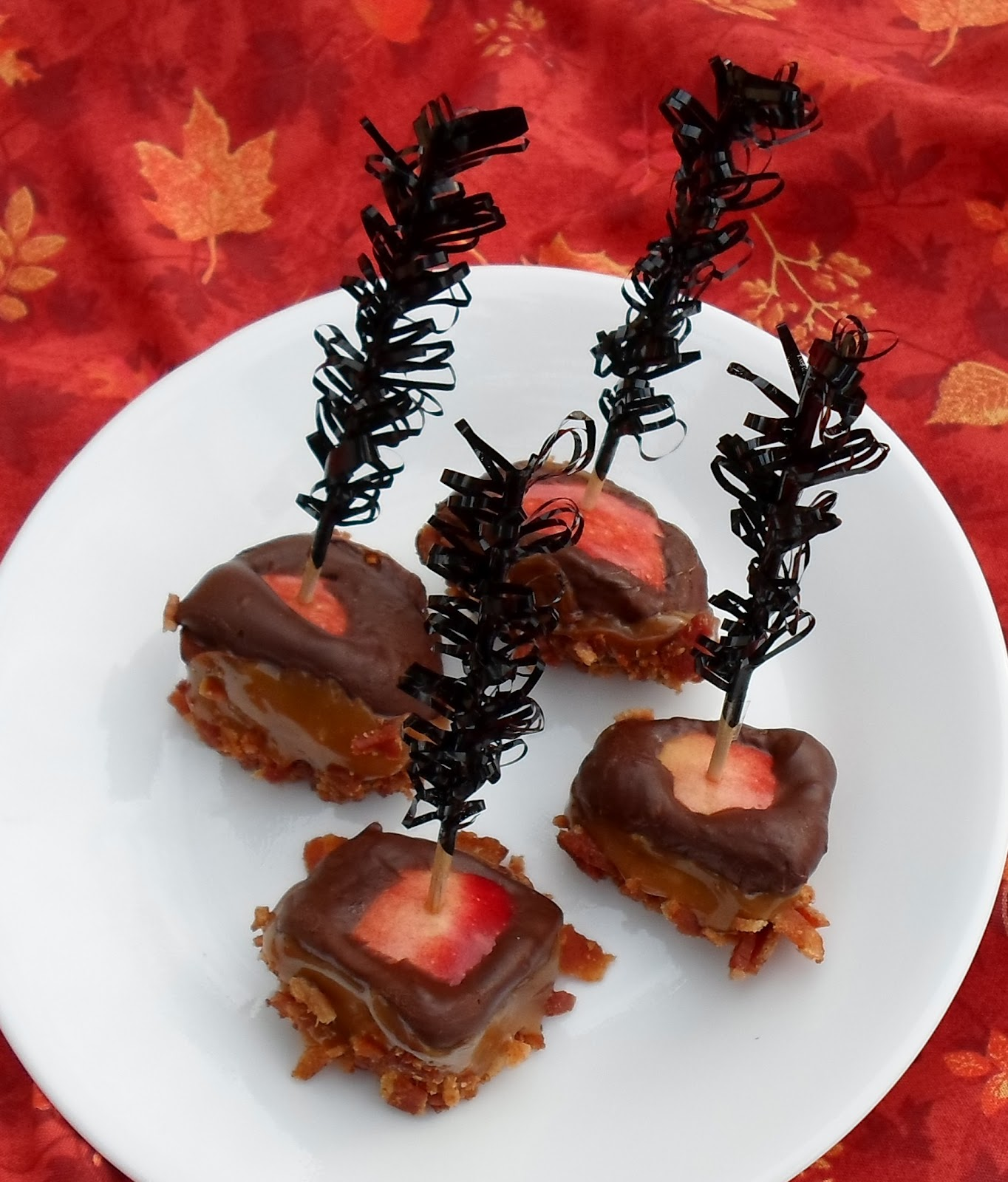 Happier Than A Pig In Mud: Chocolate Caramel Apple Bacon Bites