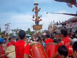 Alat musik gendang tabuik dari Sumatera Barat