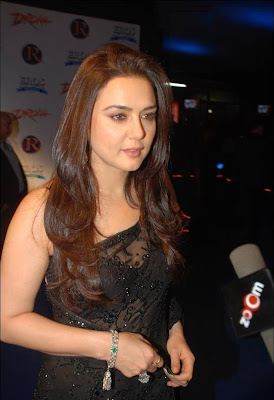 Bollywood Actress Priety Zinta Black Saree Photos