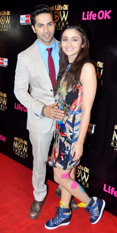 Varun & Alia grace the 'Big Life OK Now Awards 2014'