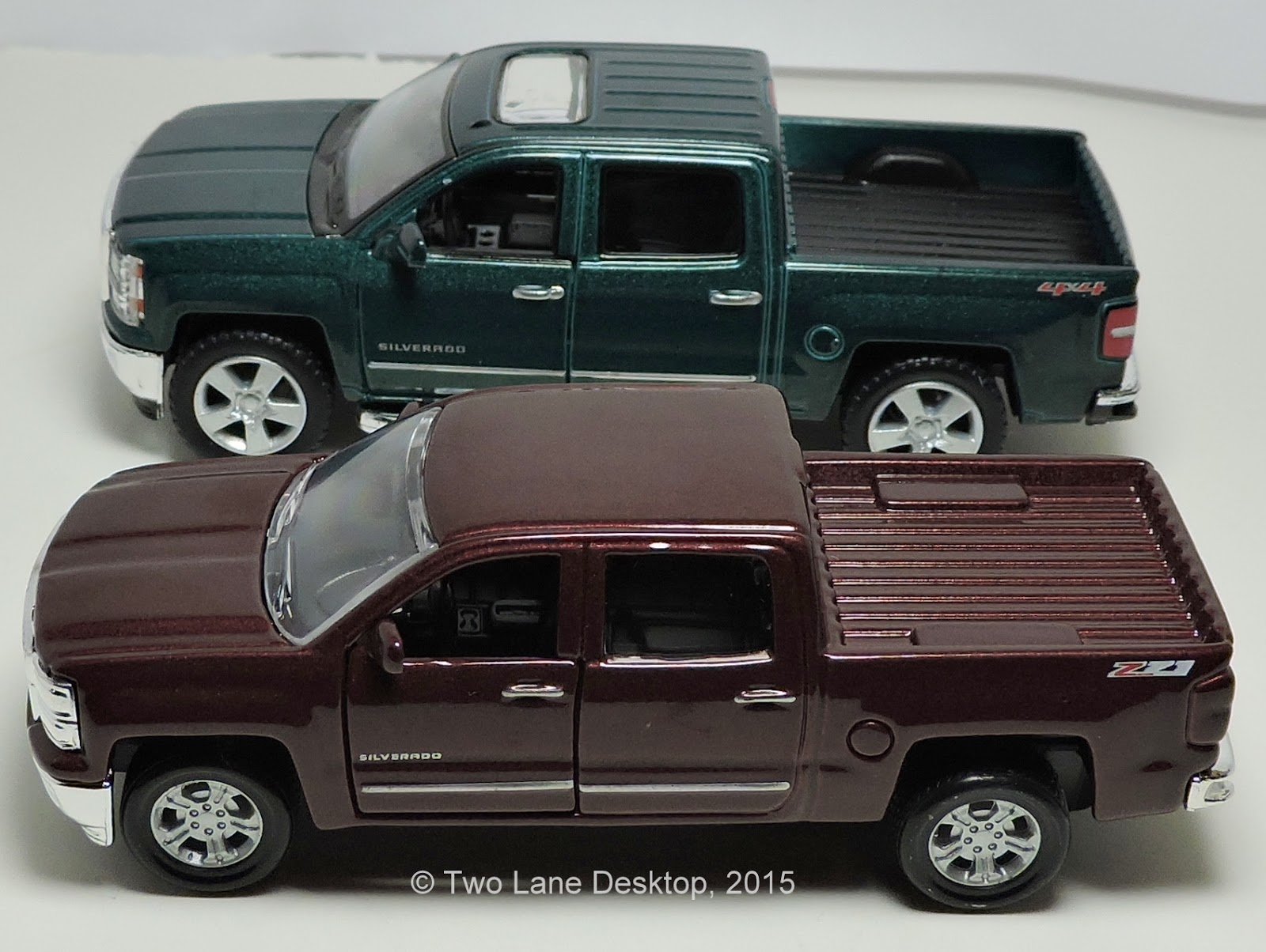 look at the maisto power racer silverado but shortly after i found this one i found the kinsmart version in green time to see how the two stack up