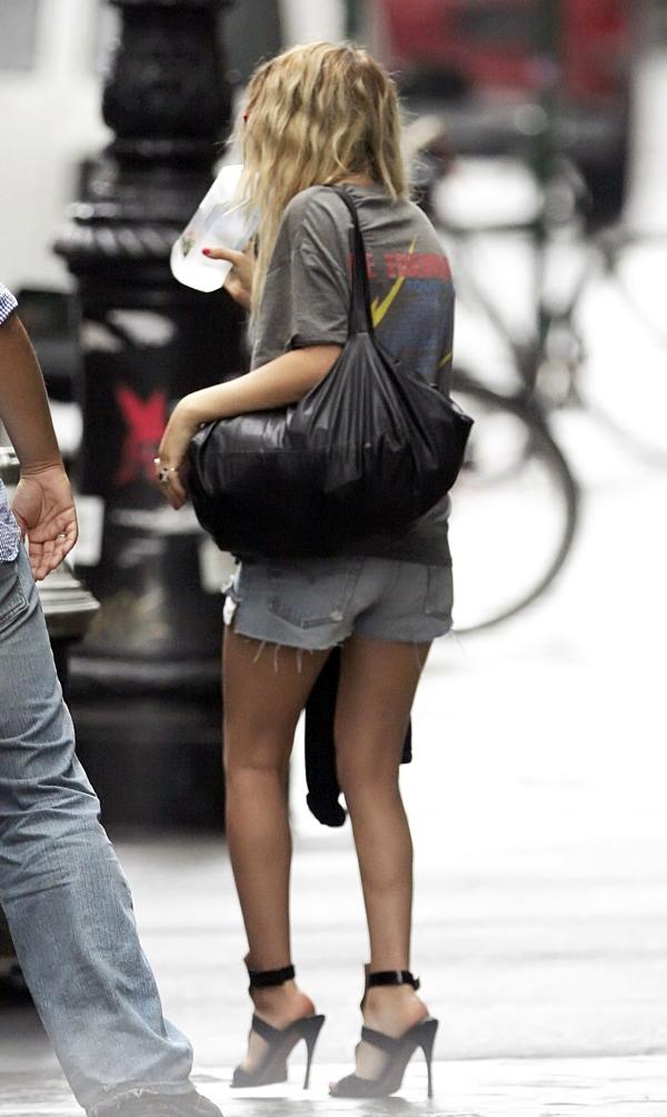 B A I L E Y V A L E N T E Style Icons Mary Kate And Ashley Olsen