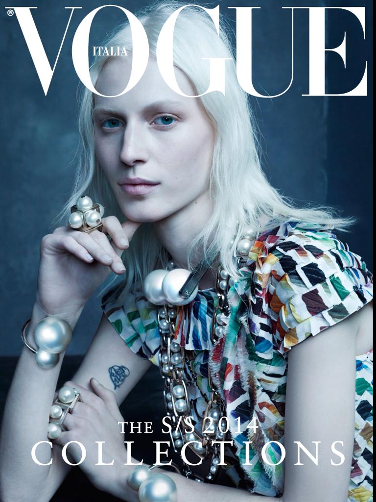 Smile: Vogue Italia January 2014: Julia Nobis by Steven Meisel