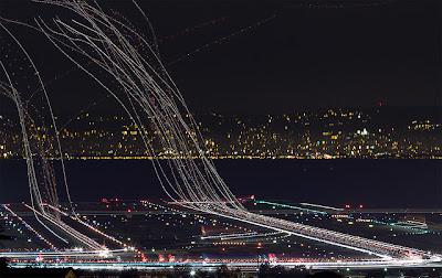 Indahnya Foto-foto Long Exposure Dari Pesawat Di Bandara [ www.BlogApaAja.com ]