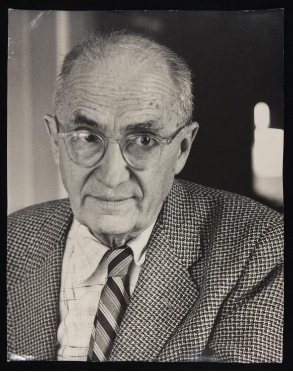 william carlos william William carlos williams, 1964 rutherford, new jersey: number nine stands on a terrace at the foot of ridge road, just where it angles into park avenue and the stores along the main street for fifty years the.