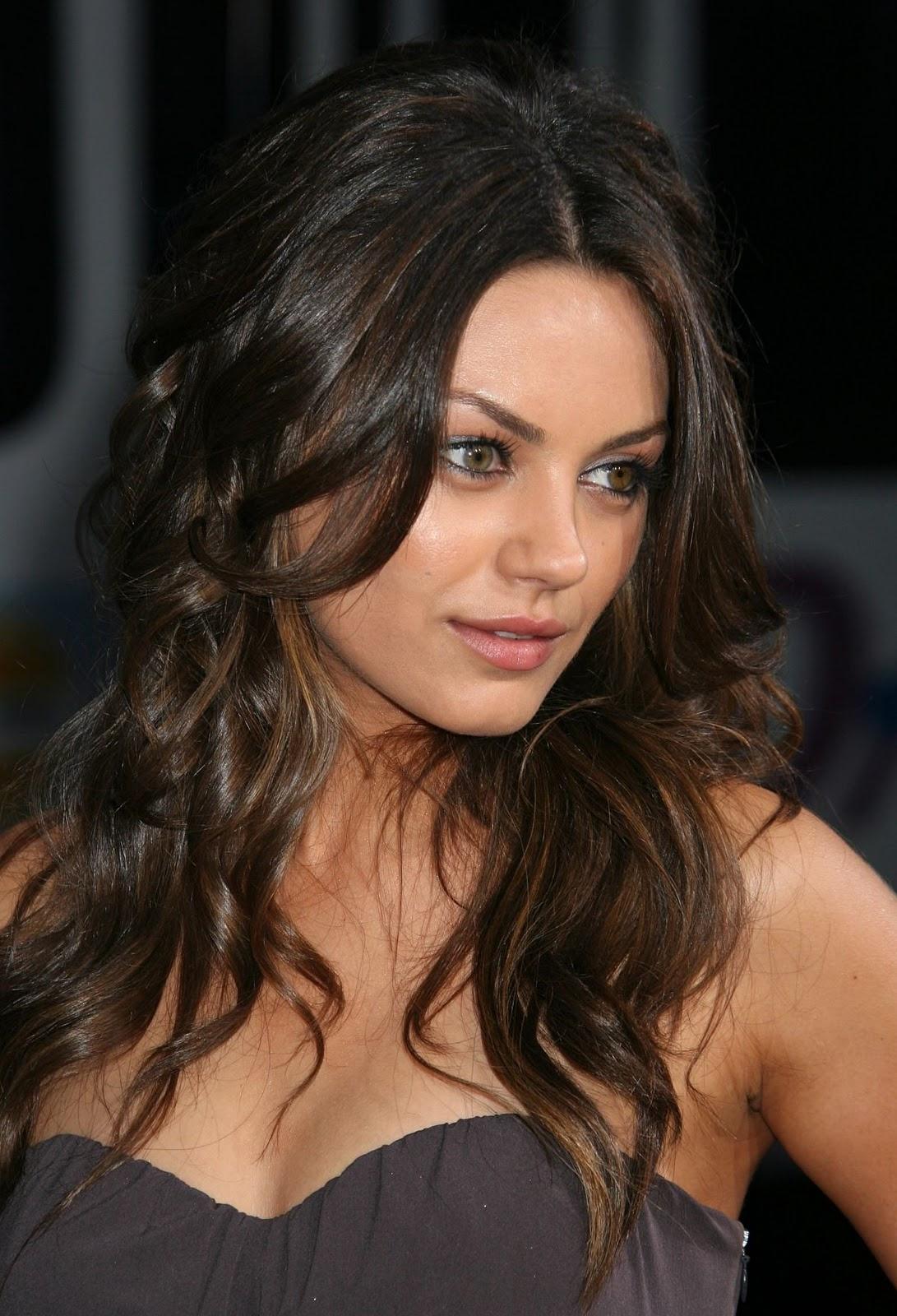 http://1.bp.blogspot.com/-GpG10HDdA78/Ttjwb_TczGI/AAAAAAAAFSo/o8QsKTl9zwY/s1600/mila-kunis-hot-sexy.jpg