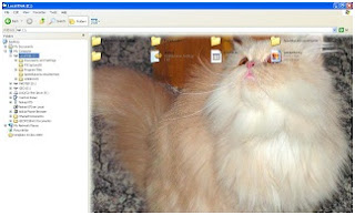 Membuat gambar pribadi menjadi background windows explorer