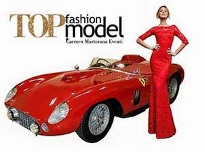 Top fashion model l'auto  è di moda