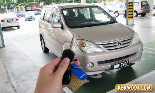 toyota avanza with key