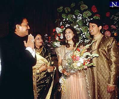madhuri dixit wedding album - photo #2